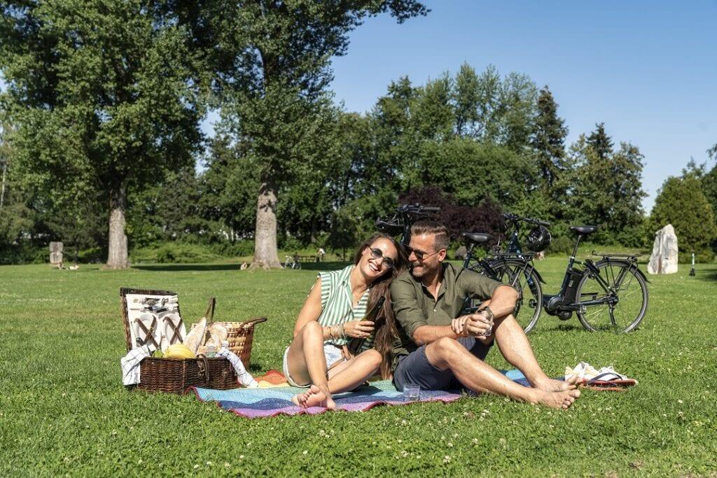 Radfahren und Picknick mit Genuss