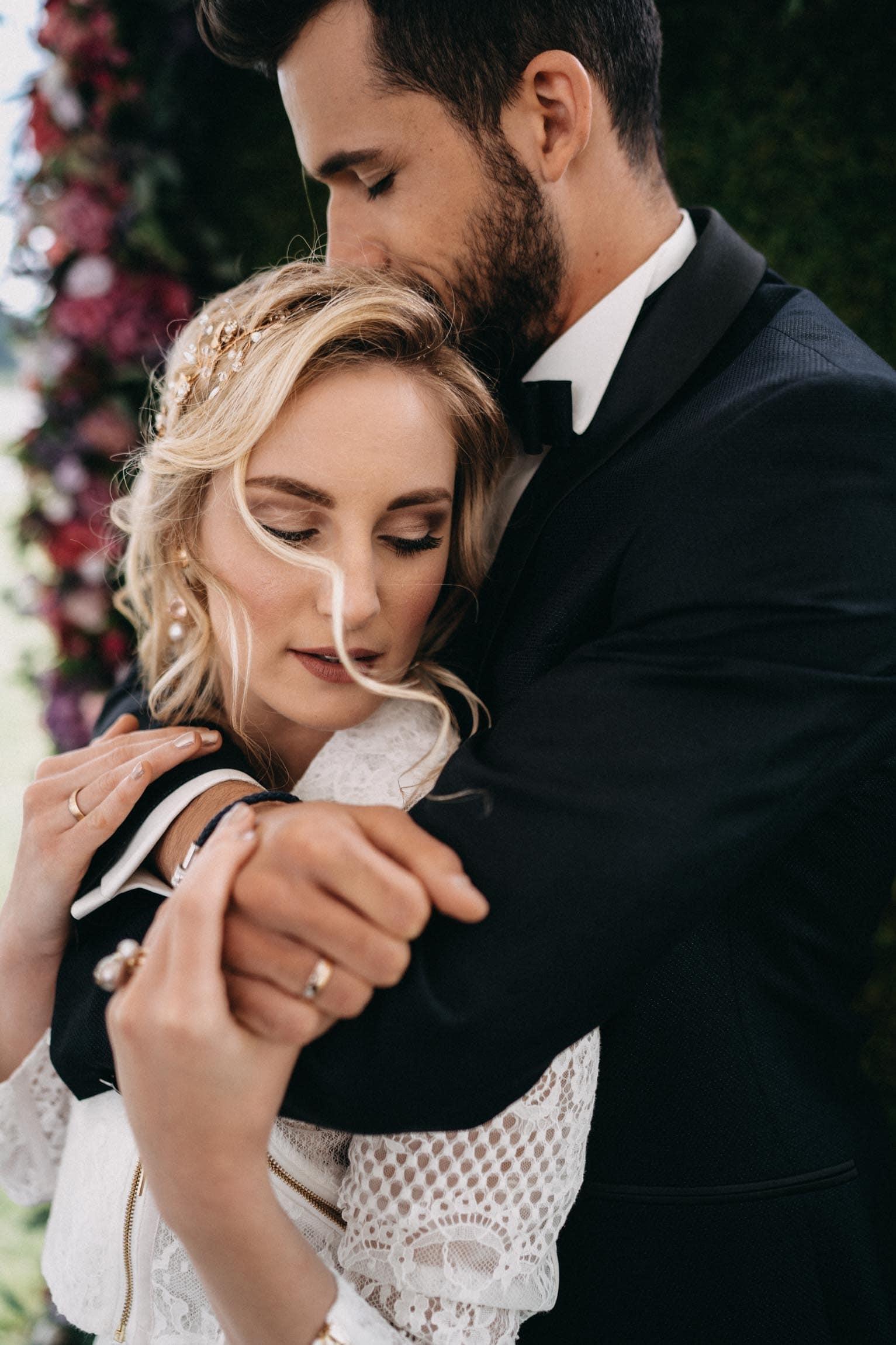Brautpaar, Hochzeit, Braut, Bräutigam, Hochzeitskleid, Brautmakeup, 9020 Klagenfurt am Wörthersee, Belinda Wrann