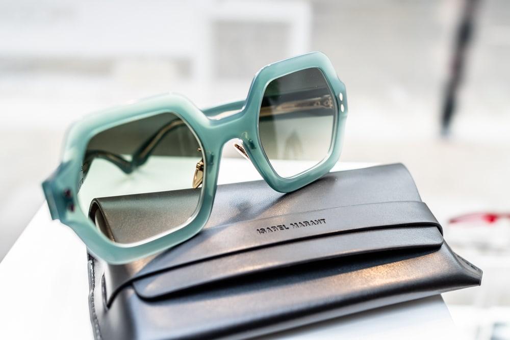 Sonnenbrille, grün, eckige Gläser, 60er, 70er, Frühlingstrends, 9020 Klagenfurt am Wörthersee