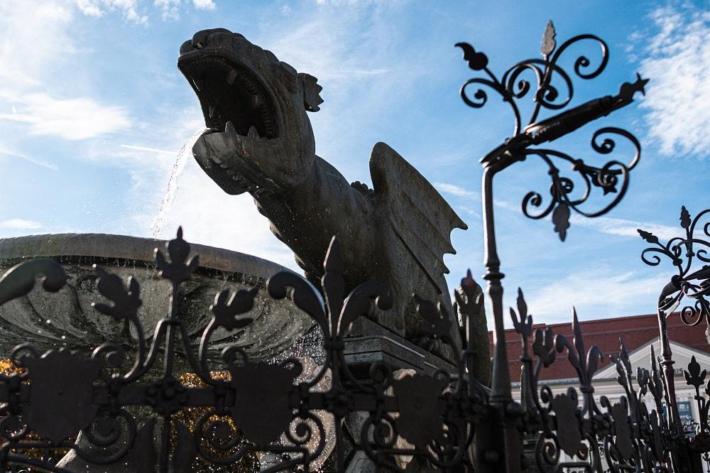 Lindwurm, Lindwurmbrunnen, Tiere in der Stadt, 9020 Klagenfurt am Wörthersee, Sehenswürdigkeiten