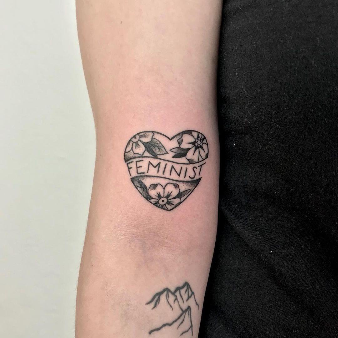 Tattoo, Feministin, Herz, Muttertag 2021, Geschenkideen, 9020 Klagenfurt am Wörthersee