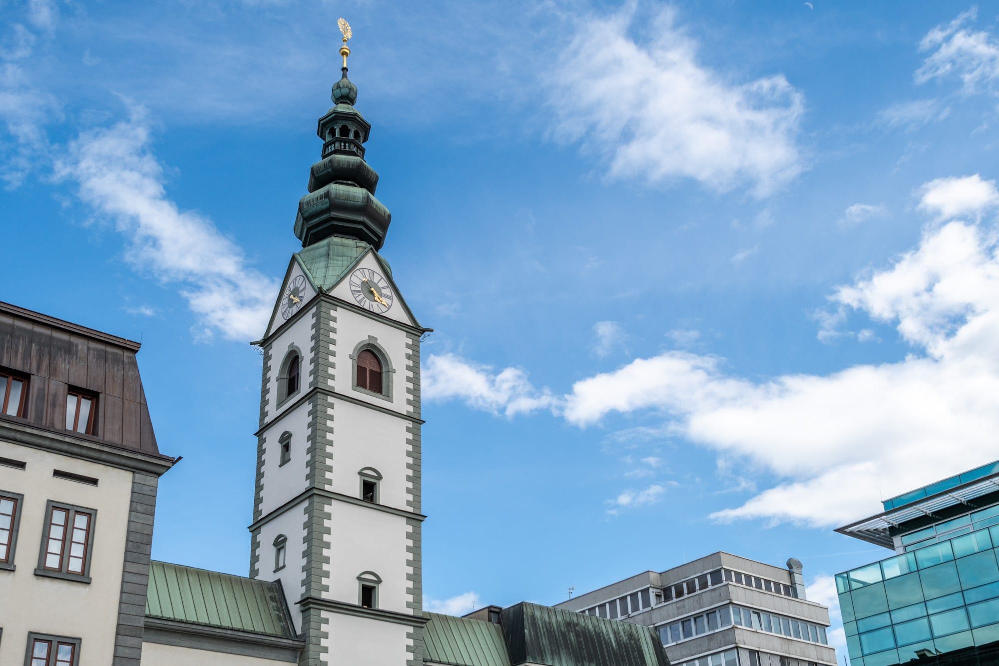 Zur Abkühlung in der Stadt einfach in den Klagenfurter Dom gehen