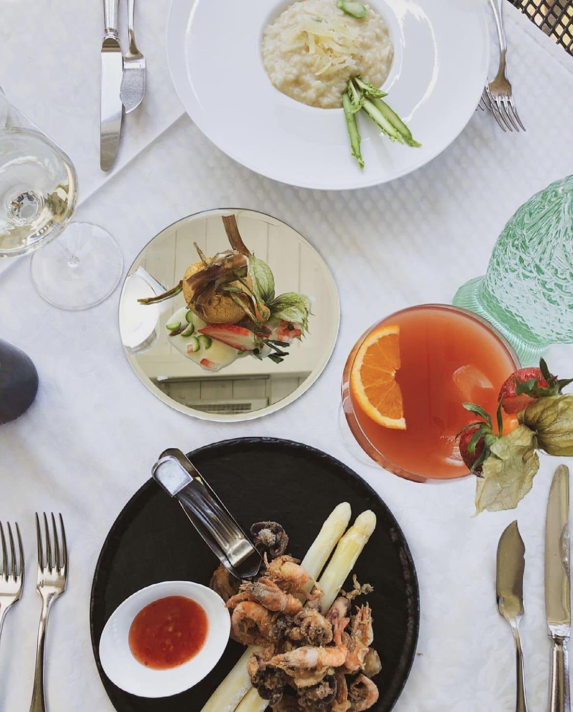 Mittagsmenu im Restaurant Maria Loretto im Schloss Loretto in Klagenfurt am Wörthersee, Spezialitäten des Hauses