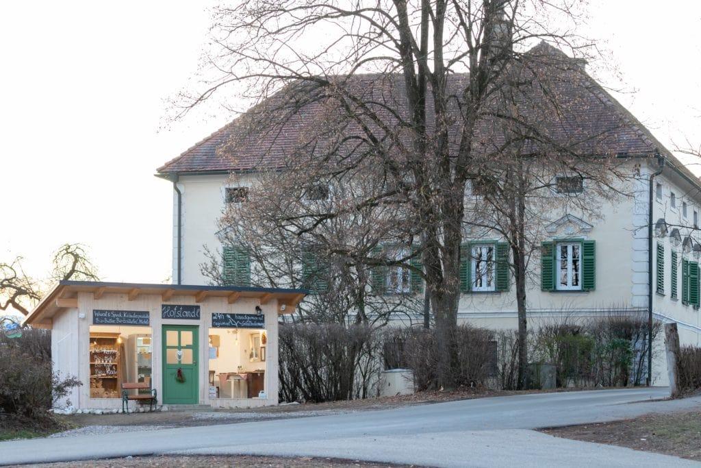 das 24 Stunden Abhol Hofstandl neben Schloss Gundersdorf
