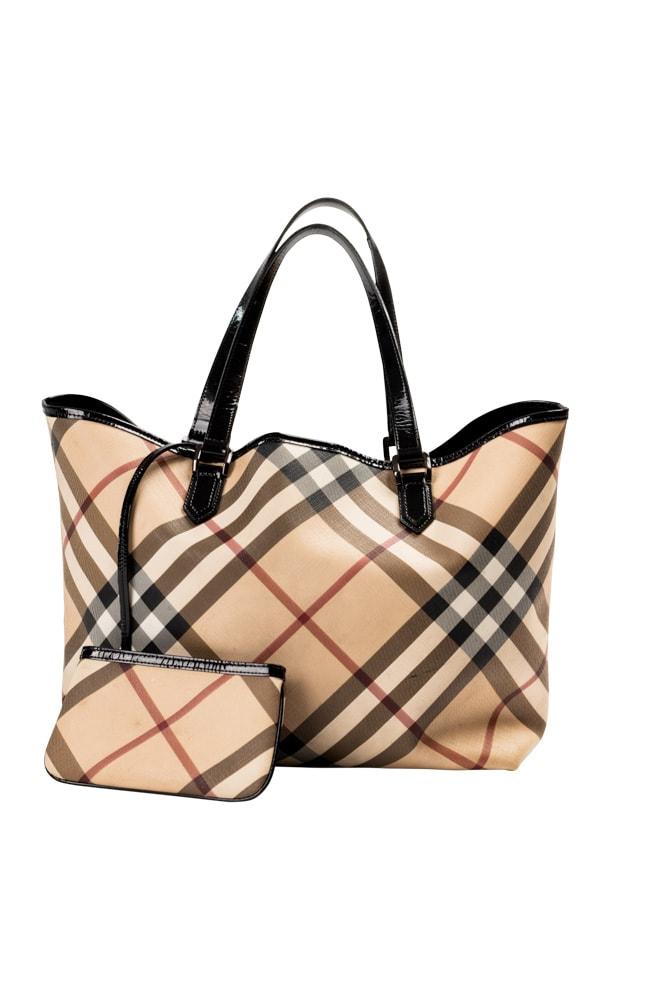 Karo ist immer Trend, vor allem im Herbst, hier sieht man einen secondhand Tasche vom Designerkabinett in Klagenfurt