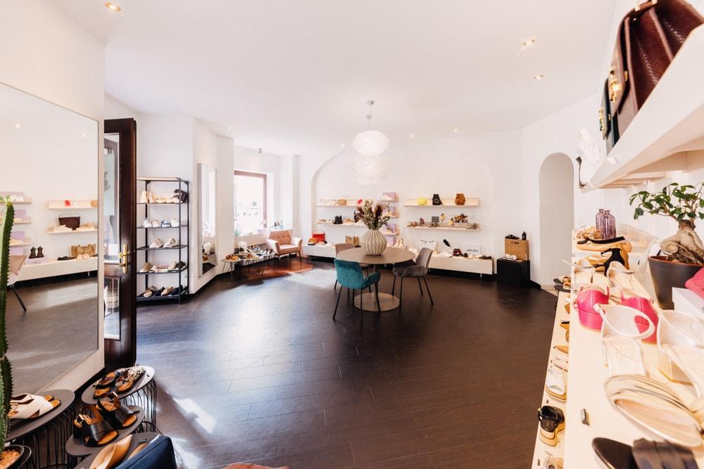 ein Blick in das Schuhgeschäft von Gennaro Guagliardi im Rainerhof in Klagenfurt, Piazza 6/7 mit den neuesten Schuhtrends für den Herbst