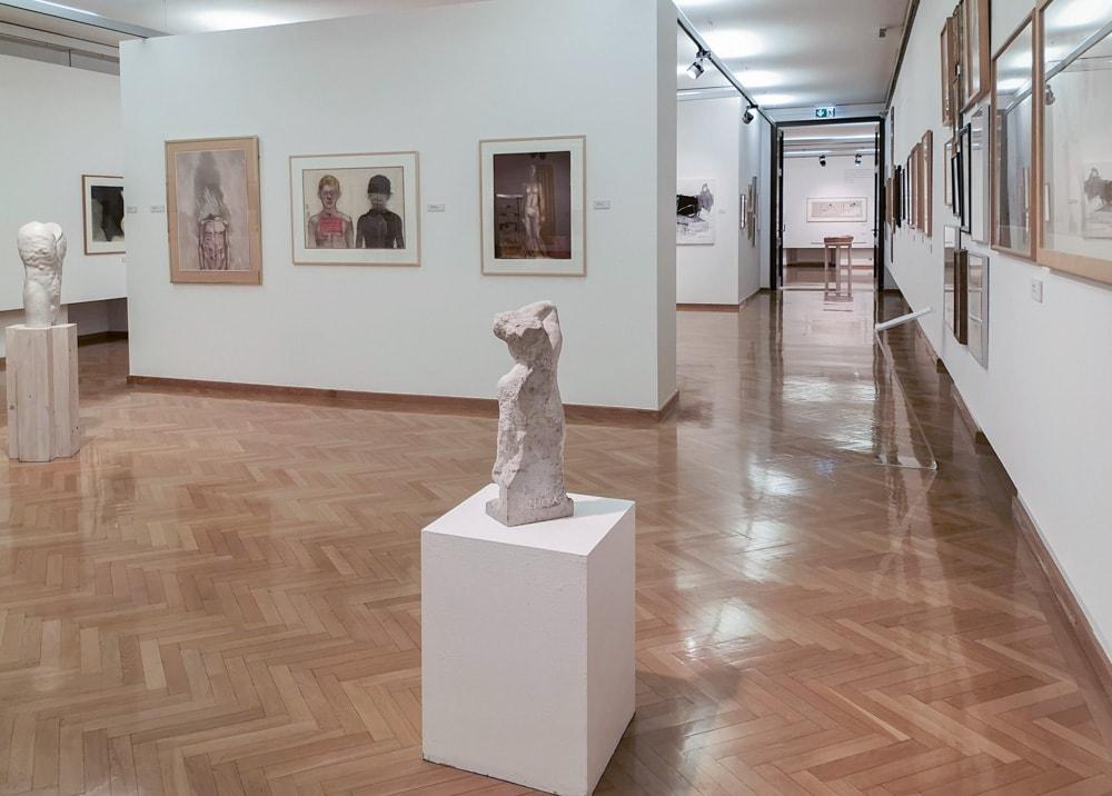 Stadtgalerie - Ausstellungsraum - Sammlung Mießl (c) Stadtgalerie