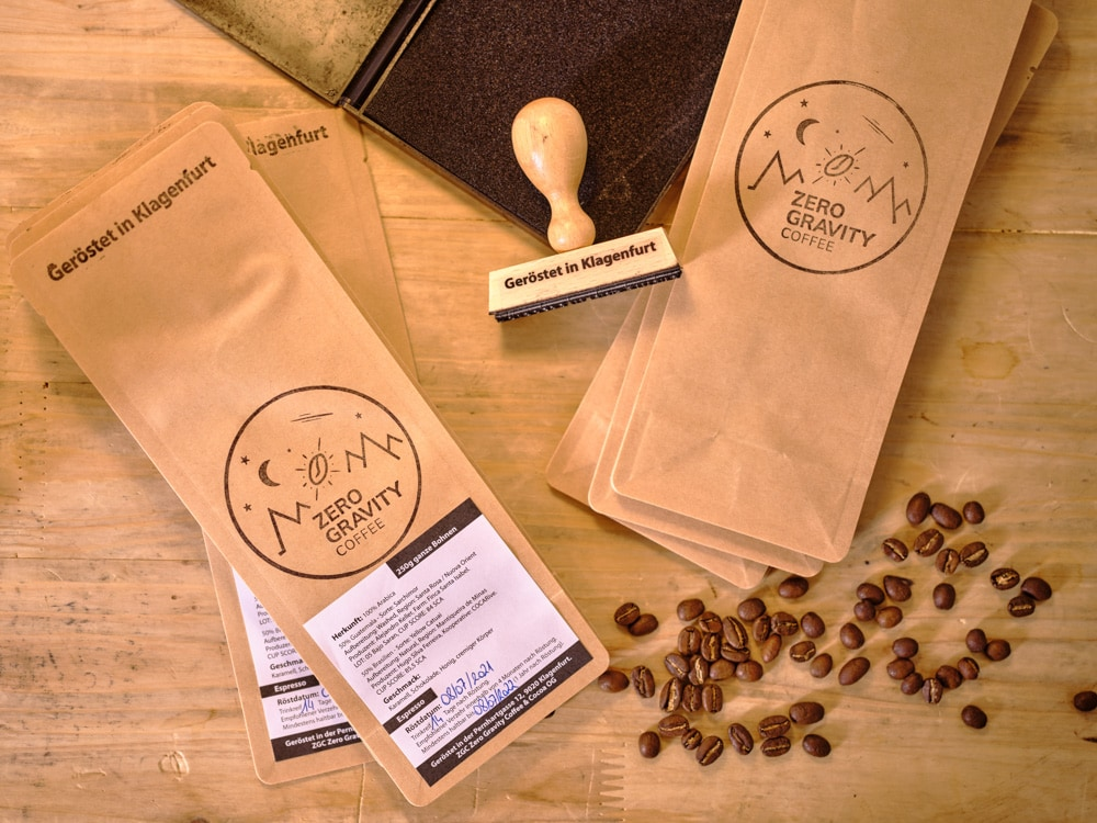 Der selbst geröstete Kaffee von Zero Gravity Coffee & Cocoa (c) Arnold Pöschl
