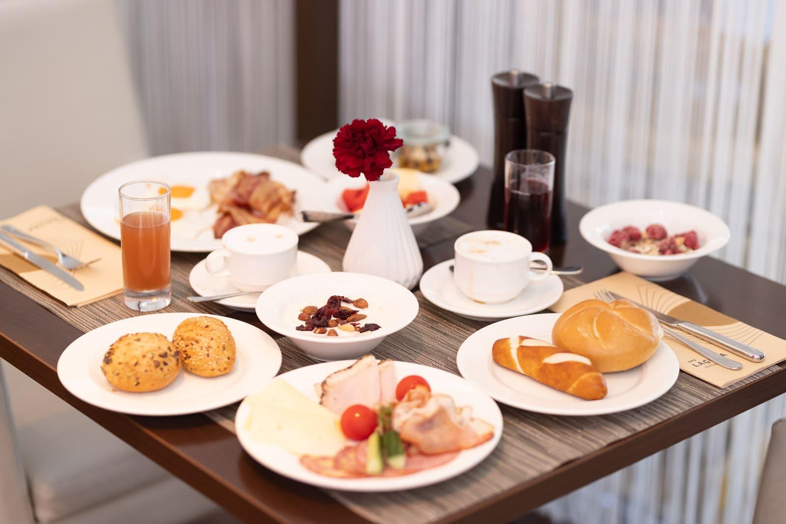 Frühstücken und brunchen im Das Seepark Hotel (c) Das Seepark