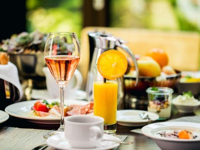 Sektfrühstück im Das Seepark Hotel (c) Das Seepark